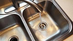 أبرز أسباب انسداد حوض المطبخ
